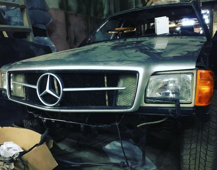 Mercedes-Benz SEC-class Секач